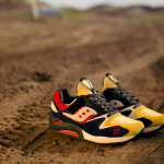 play-cloths-saucony-grid-9000-motorcross-available-04