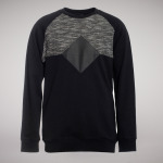 opm-vasari-crewneck-black-sneakerstore-apparel-munich